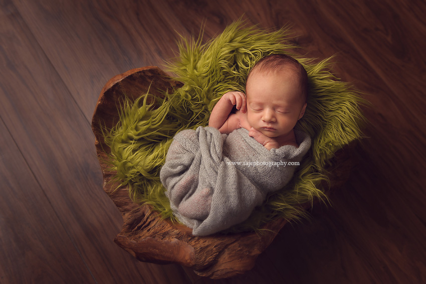 Saje photography is located between cherry hill and merchantville new jersey and specializes in newborn and baby portrait photography